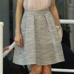 outfit con falda para mujeres de 40 anos o mas (2)