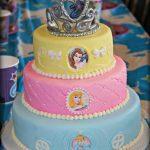 pastel de 2 pisos de princesas para fiesta infantil (2)