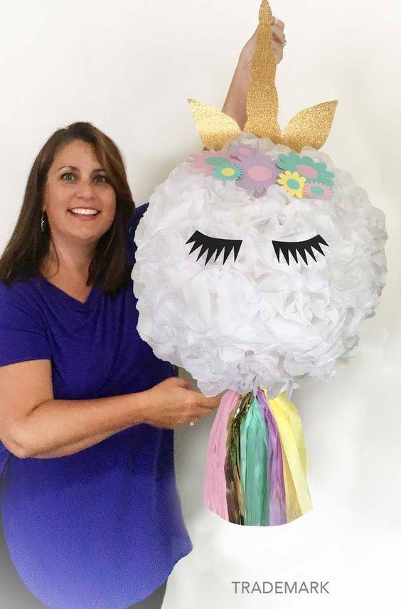 piñata para fiesta de unicornios de niña