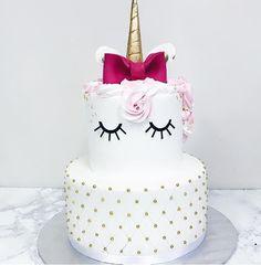 tarta de cumpleanos de fondant tema unicornio (2)