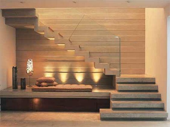 Escaleras modernas de concreto