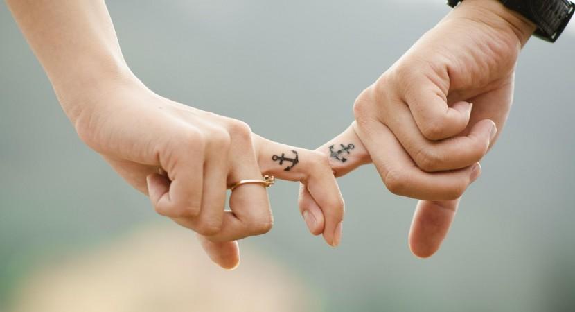 Tatuajes en pareja: tatuajes iguales para parejas