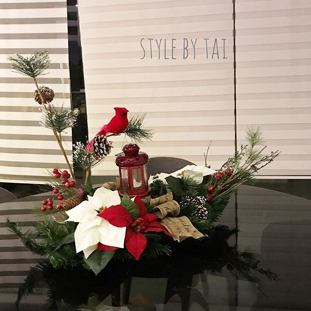 arreglo navideno en blanco y rojo para comedor 2018 3