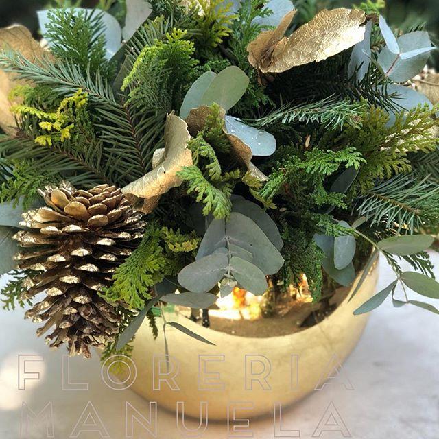 arreglo navideno en dorado para comedor 2018 2