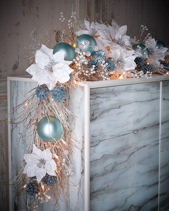 arreglo navideno en salones color azul celeste 2018 3
