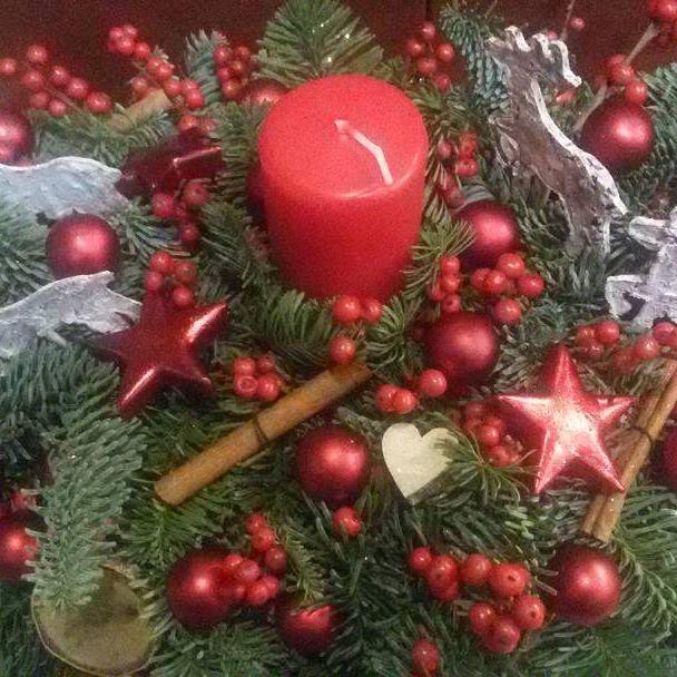 arreglo navideno en salones color rojo 2018 (1)