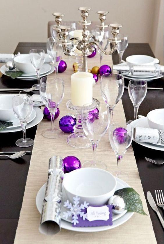 arreglo navideno violeta para comedor 2018 4