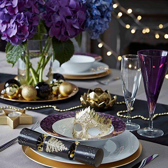 arreglo navideno violeta para comedor 2018 5