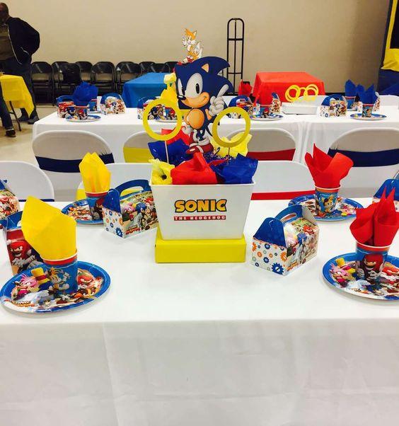 centro de mesa economico para fiesta infantil nino