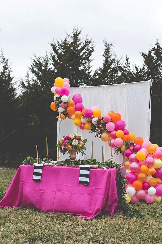 Colores de moda para decorar fiestas 2018