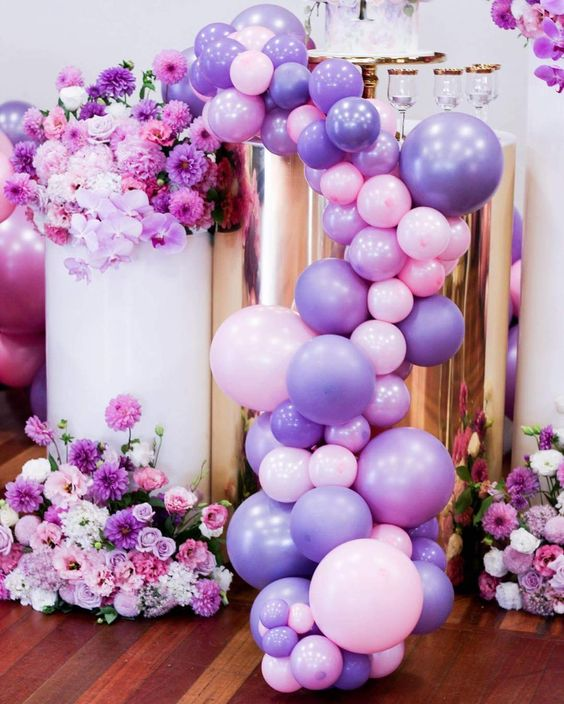 Colores de moda para decorar fiestas Ultra vioelt