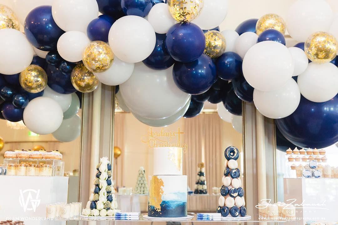 decoracion con globos para fiesta de hombre