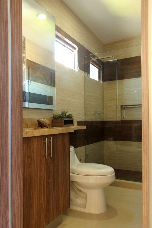 decoracion de bano pequeno de casa de infonavit On baños para casas pequeñas
