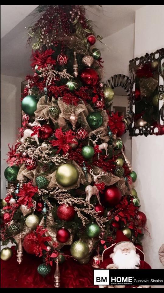 decoracion navidena en color rojo para casas de infonavit (3)