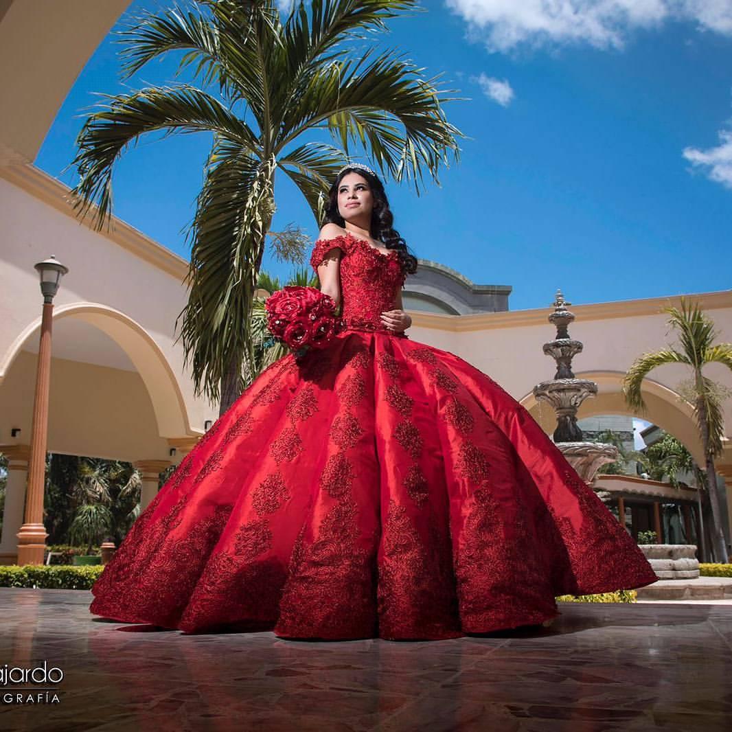 Vestidos De Quince Años Modernos Fotos Y Tendencias 2019