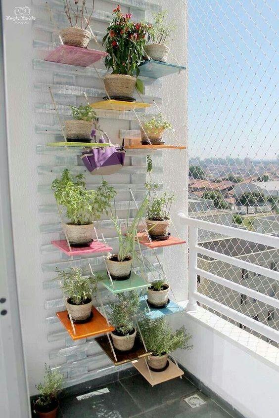 Modelos de repisas para plantas