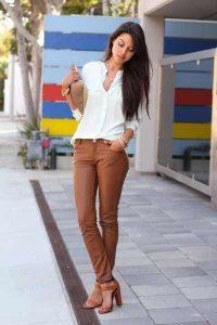 Outfits color café