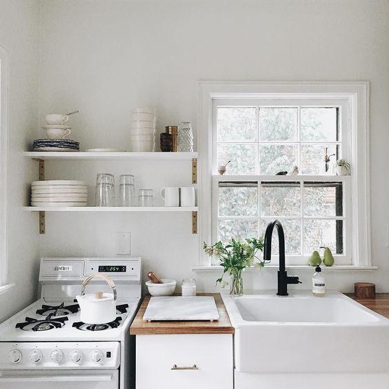Cocinas muy peque as decoracion de interiores fachadas for Cocinas muy pequenas