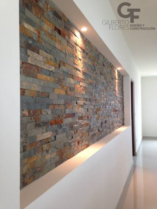 Acabados para paredes exteriores e interiores tendencias for Azulejo para pared de sala