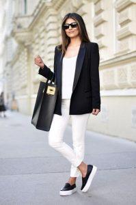 moda de oficina para mujeres maduras
