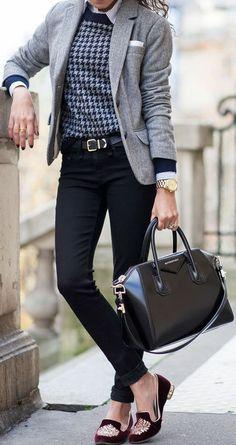 outfit para el trabajo con flats