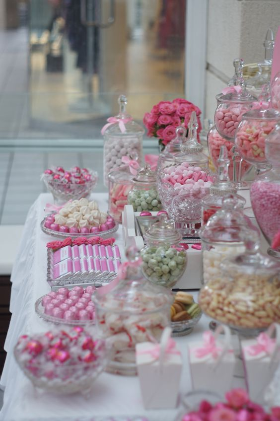 mesa de dulces para 100 personas