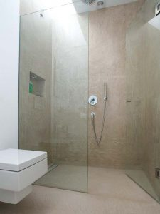 Diseños para baños pequeños con cristal