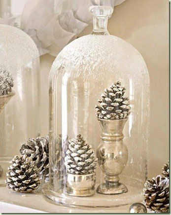 adornos navideños en color plata