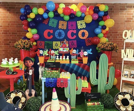 Fiesta Tematica De Coco Disney 30 Ideas Para Fiestas Infantiles - Decoracion-mesas-fiestas