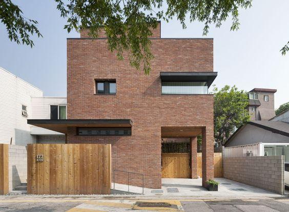 fachadas modernas con revestimiento de ladrillo
