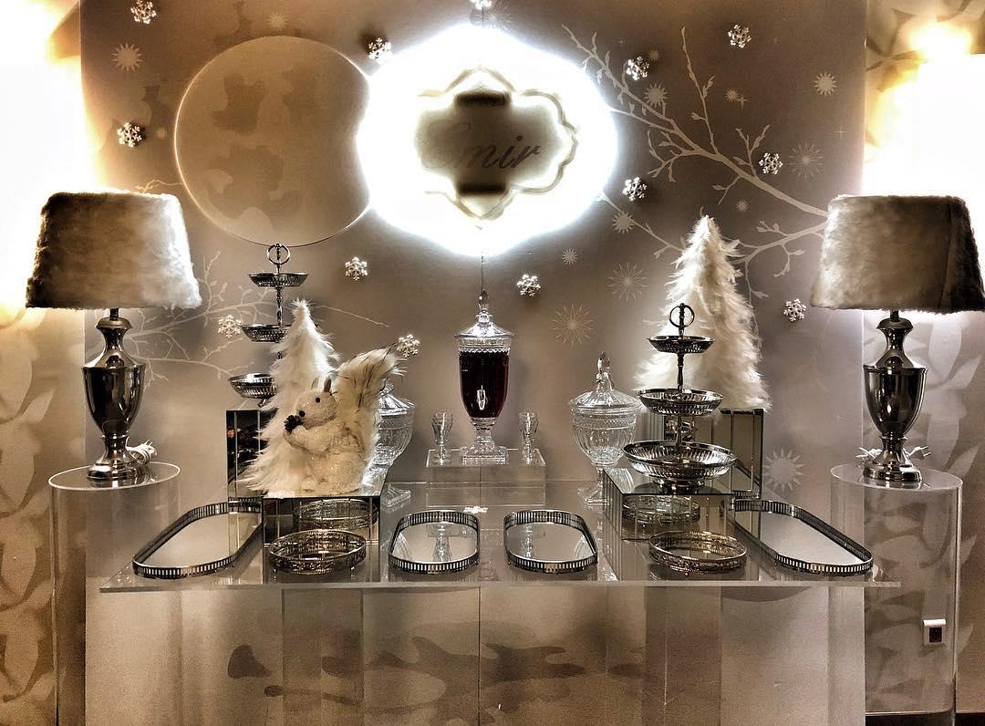Mesa de postres navideña vintage