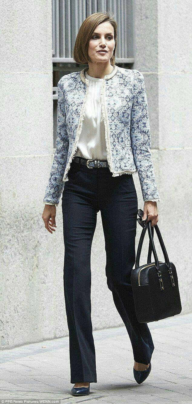 4164d897d4 Moda de oficina para mujeres maduras