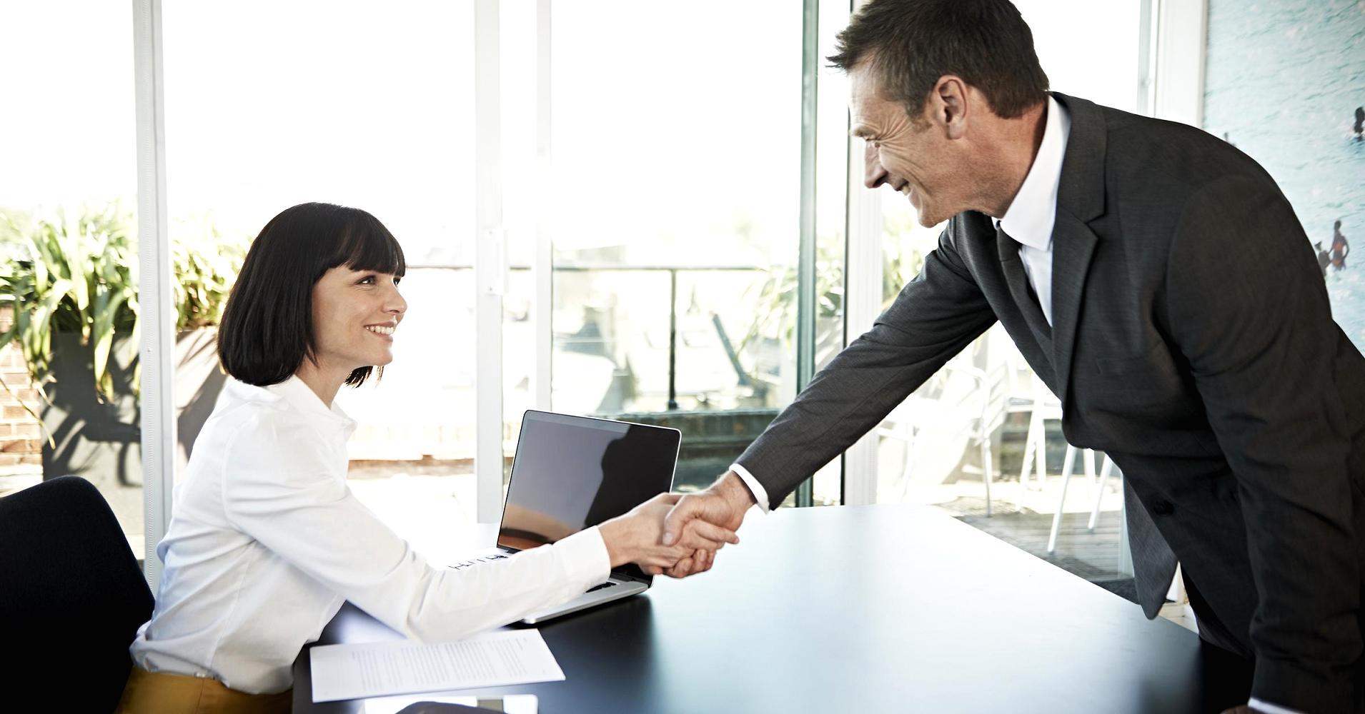como comportarse en una entrevista de trabajo