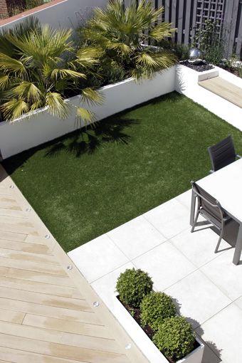 Jardineras en fachadas ideas para decorar el frente de - Jardineras de cemento ...