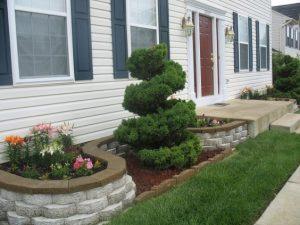 Jardineras pequeñas en fachadas