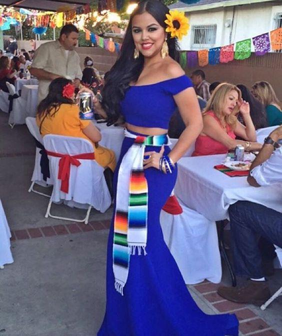 Ideas de vestidos para fiesta mexicana