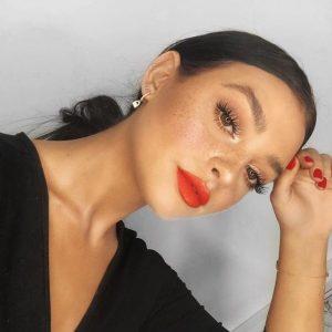 anade colores para un maquillaje para la oficina original (1)