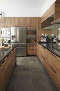 cocinas de madera modernas en tonos oscuros (2)