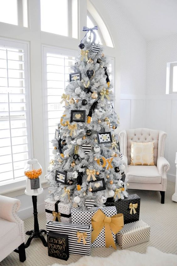 De 280 fotos decoracion de navidad 2019 tendencias e ideas for Ideas de adornos navidenos