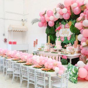 Una fiesta tematica de flamingos