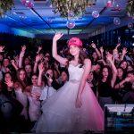 Hora de la fiesta y el baile