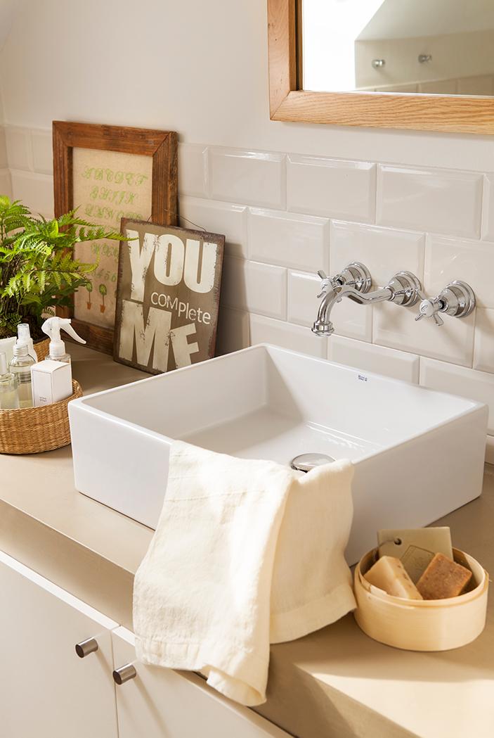 ideas para instalar azulejo blanco en el bano