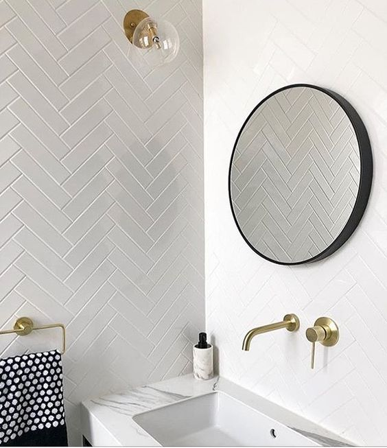 ideas para instalar azulejo blanco en el baño