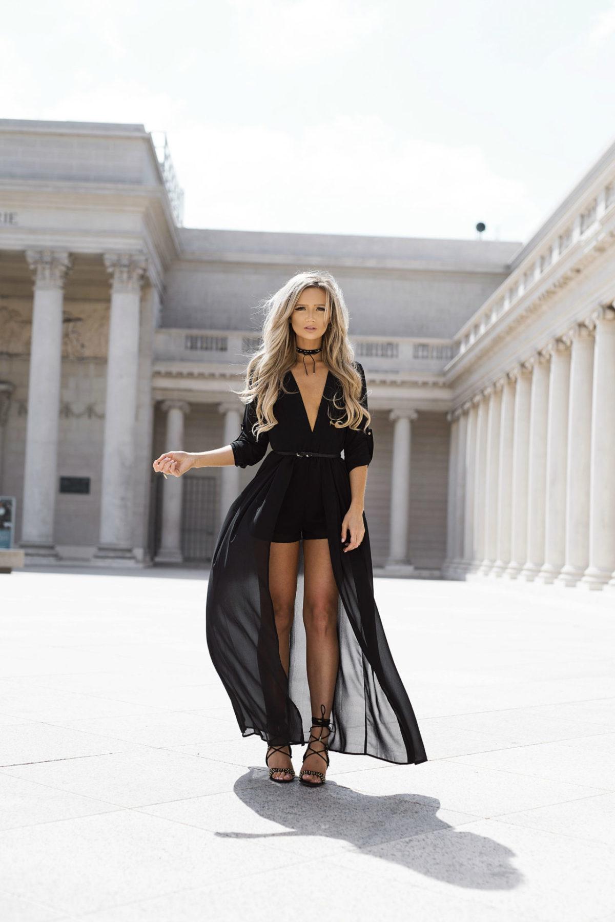vestido-abierto-con-short-abajo