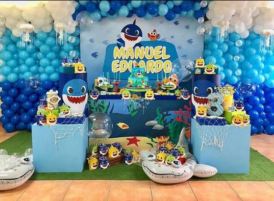 deas para la mesa de dulces de baby shark