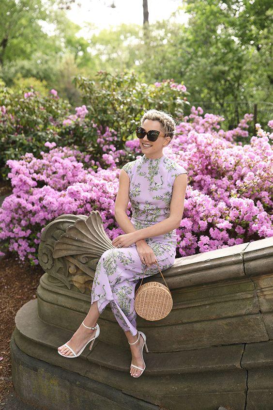 lila dulce para outfits de mujeres de 40