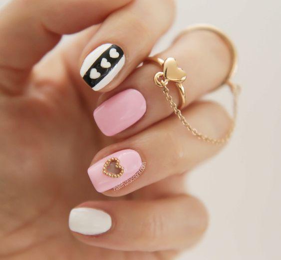 manicuras en tonalidades rosas