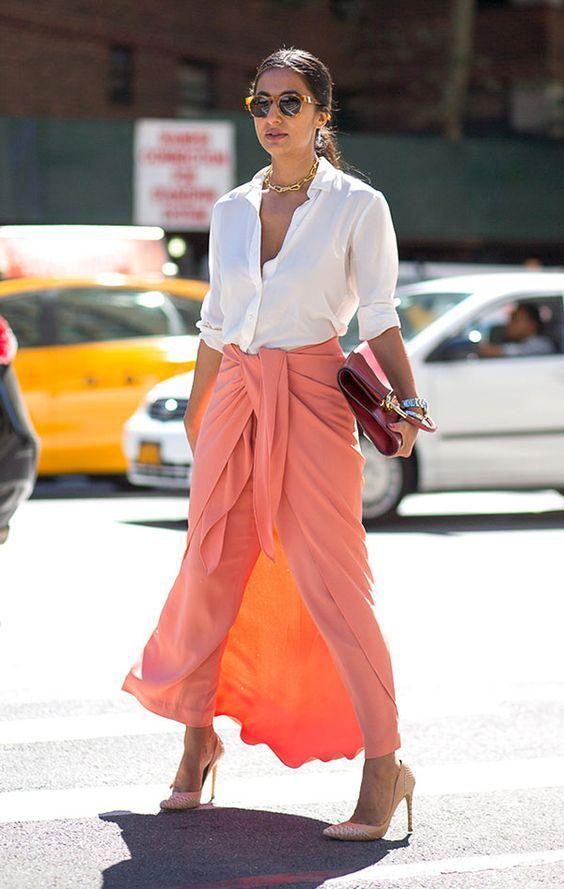 Outfits con colores de moda que destacan la elegancia en mujeres de 40