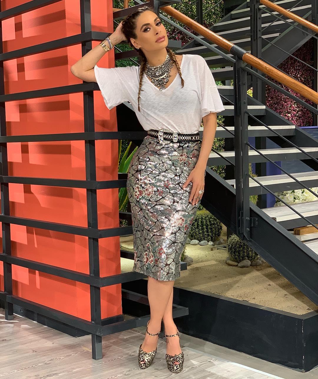 9339e88f1 outfits primavera verano para mujeres de 40 años o mas con faldas ...