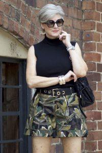 outfits primavera verano para mujeres de 40 años o mas con shorts